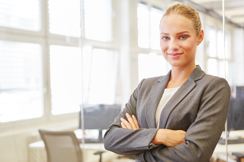 What are the Benefits of Being a Consultant?